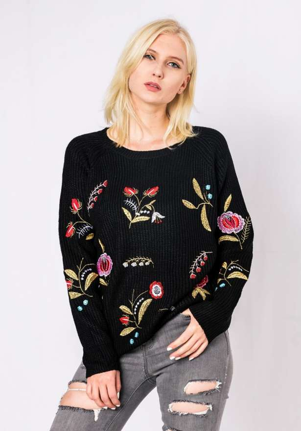 Embroidered Sweater In Black