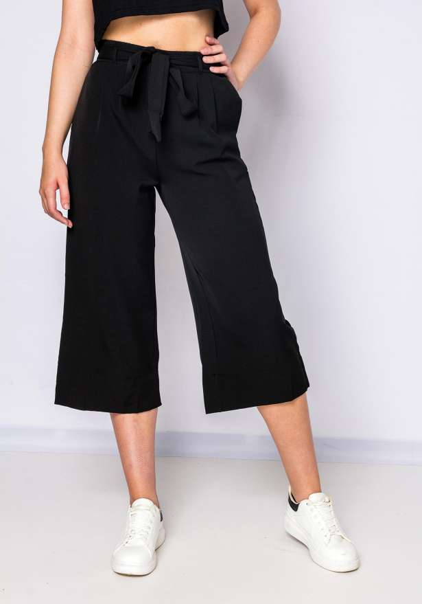 Tie Front Culottes In Black