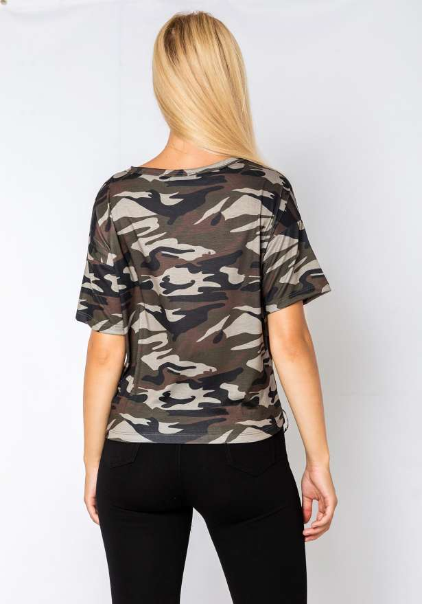 T-Shirt Hem Piercing In Camo