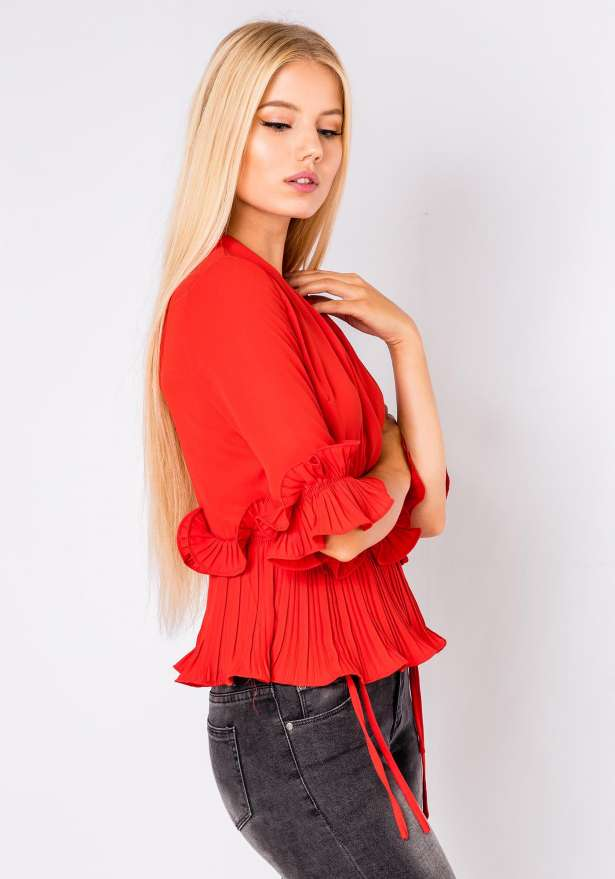 Julia Front Tie Frill Blouse In Red