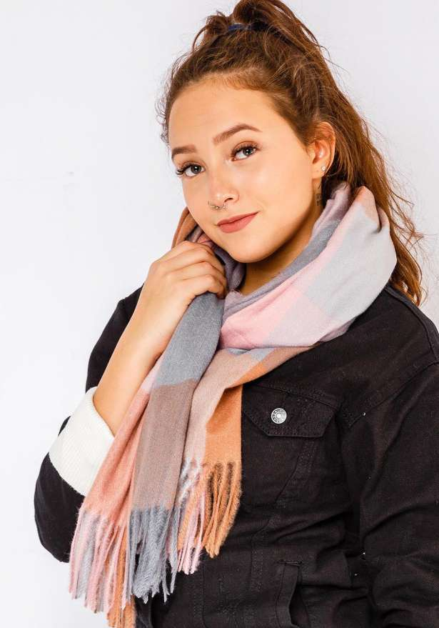 Trio Color Scarf In Pink