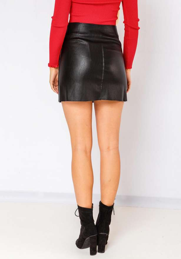 Faux Leather Zip Skirt In Black