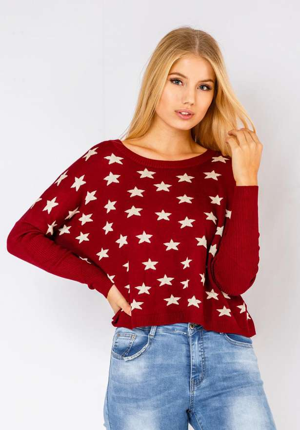 Comfy Star Sweater In Wine