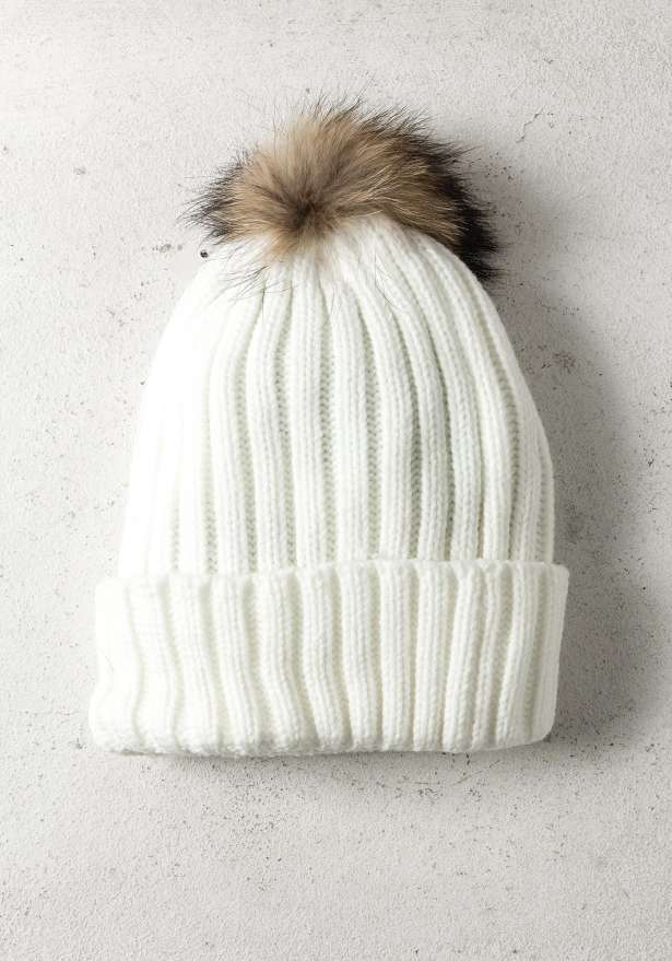 Rib-Knit Hat With Fur Pom In White