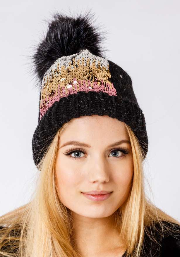 Cable-Knit Hat With Glitter In Black