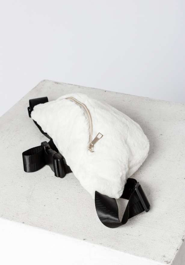 Furry Fanny Pack In White