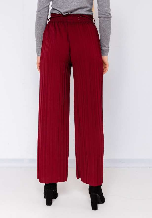 Wide Leg Pleated Tie Up Pants In Wine