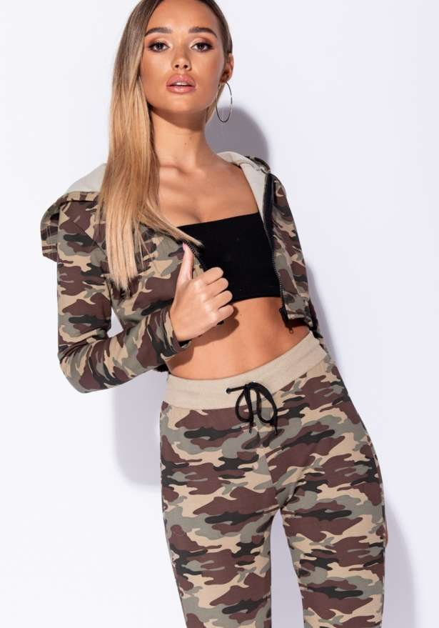 Camo Zip Hooded Cropped Lounge Set In Green