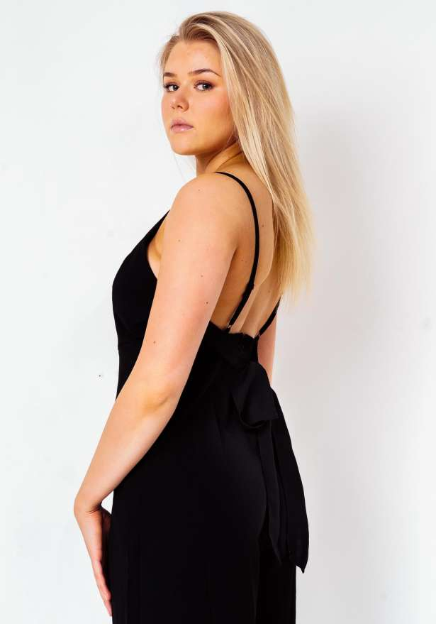 Back Tie Spagetti Strap Jumpsuit In Black