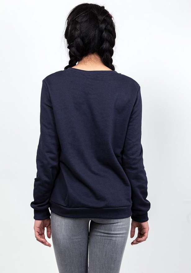 Creme Sweater In Navy