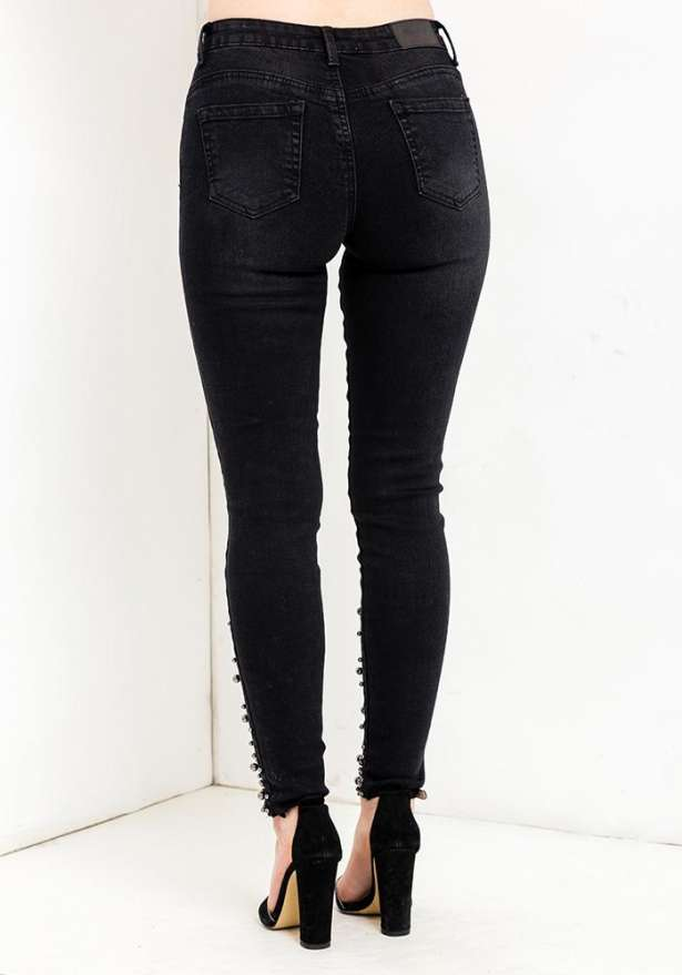 Pearl Bottom Detail Jeans In Black