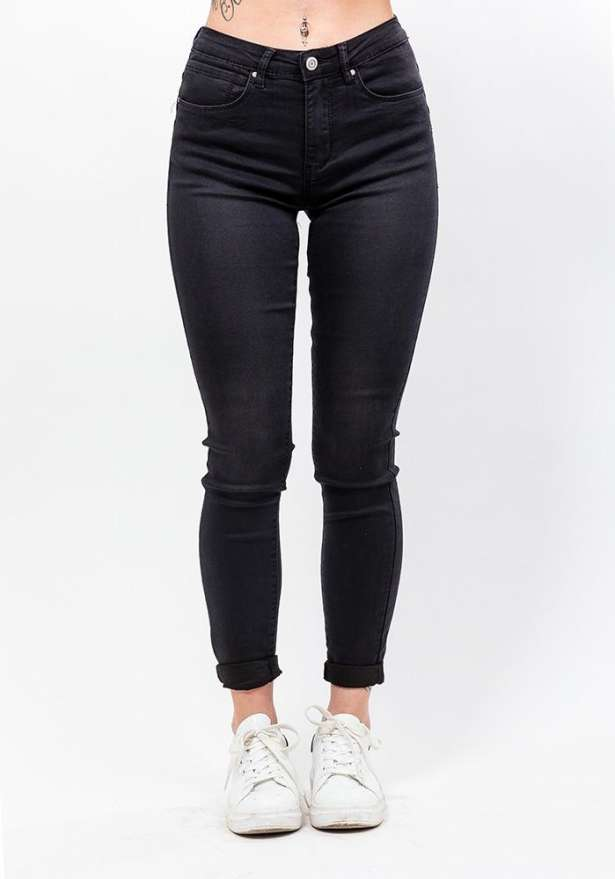 Flawless Skinny Jeans In Black